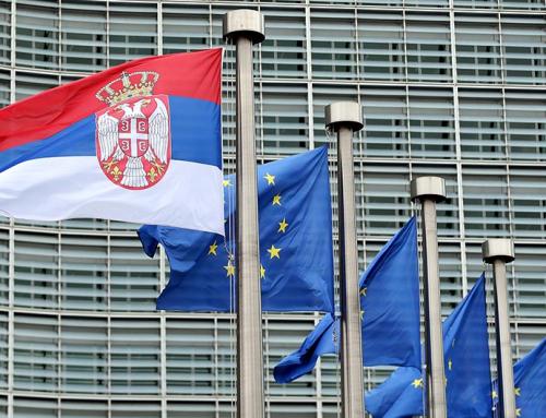 MEĐUNARODNI EVROPSKI POKRET: EU DA REAGUJE NA SLABLJENJE DEMOKRATIJE U SRBIJI