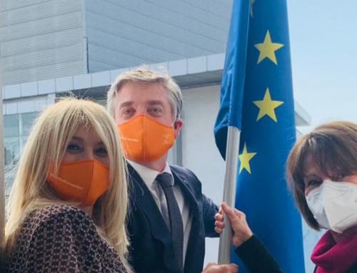 Evropska zastava postavljena na prostorije Evropskog pokreta u Srbiji